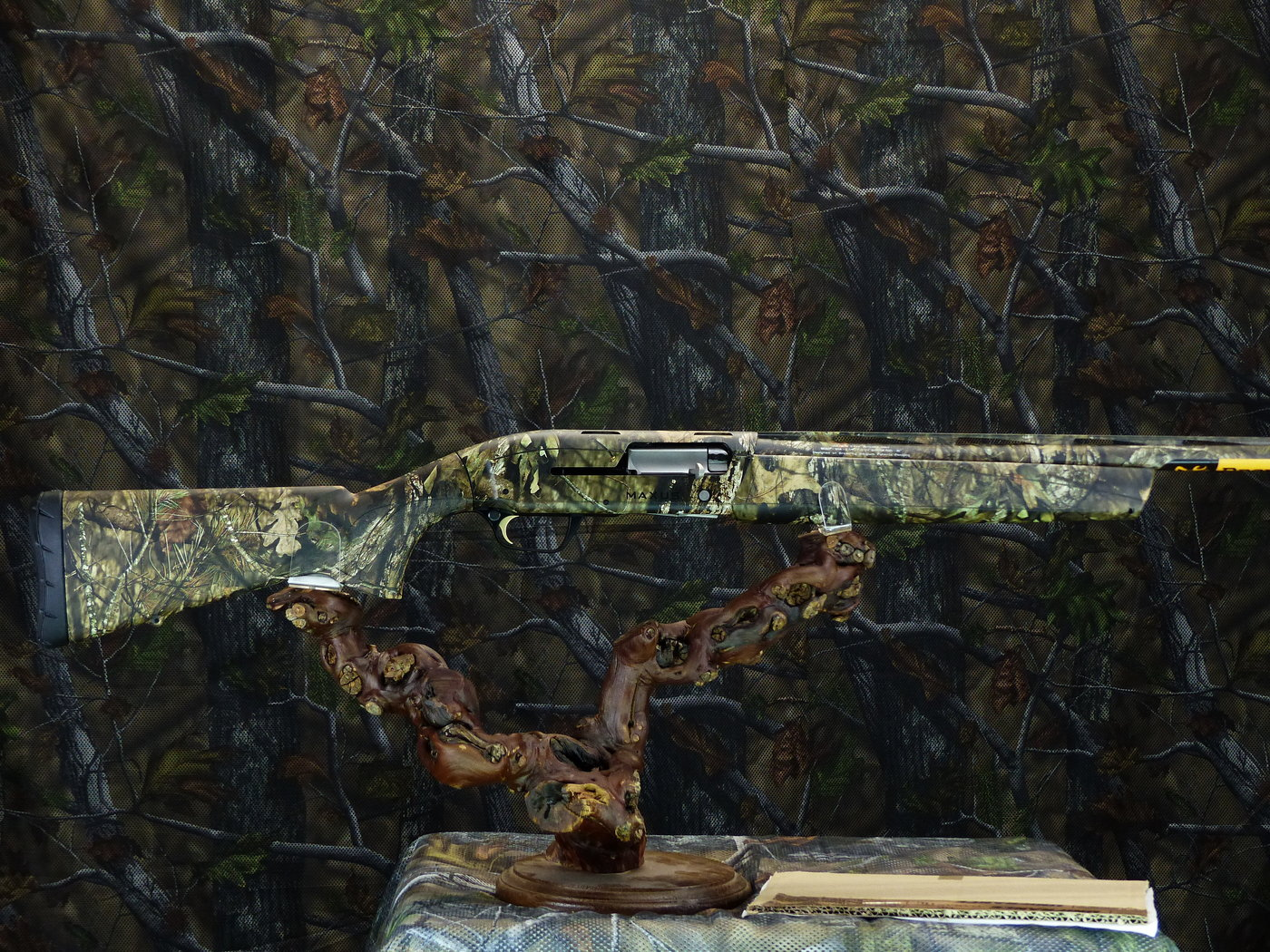 Browning Maxus Camo Country
